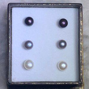 Freshwater Pearl Earring Set 7-8 mm NWT